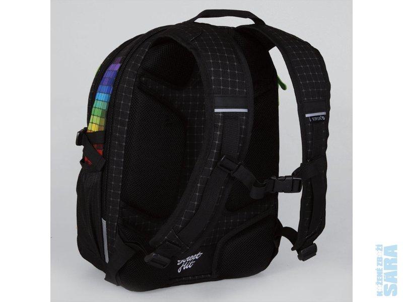 d393bc2adbf Studentský batoh HIT 826 A Black Poslední kus