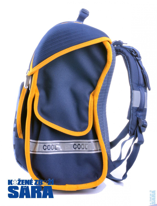 Kvalitní školní batoh 1bdb88d683
