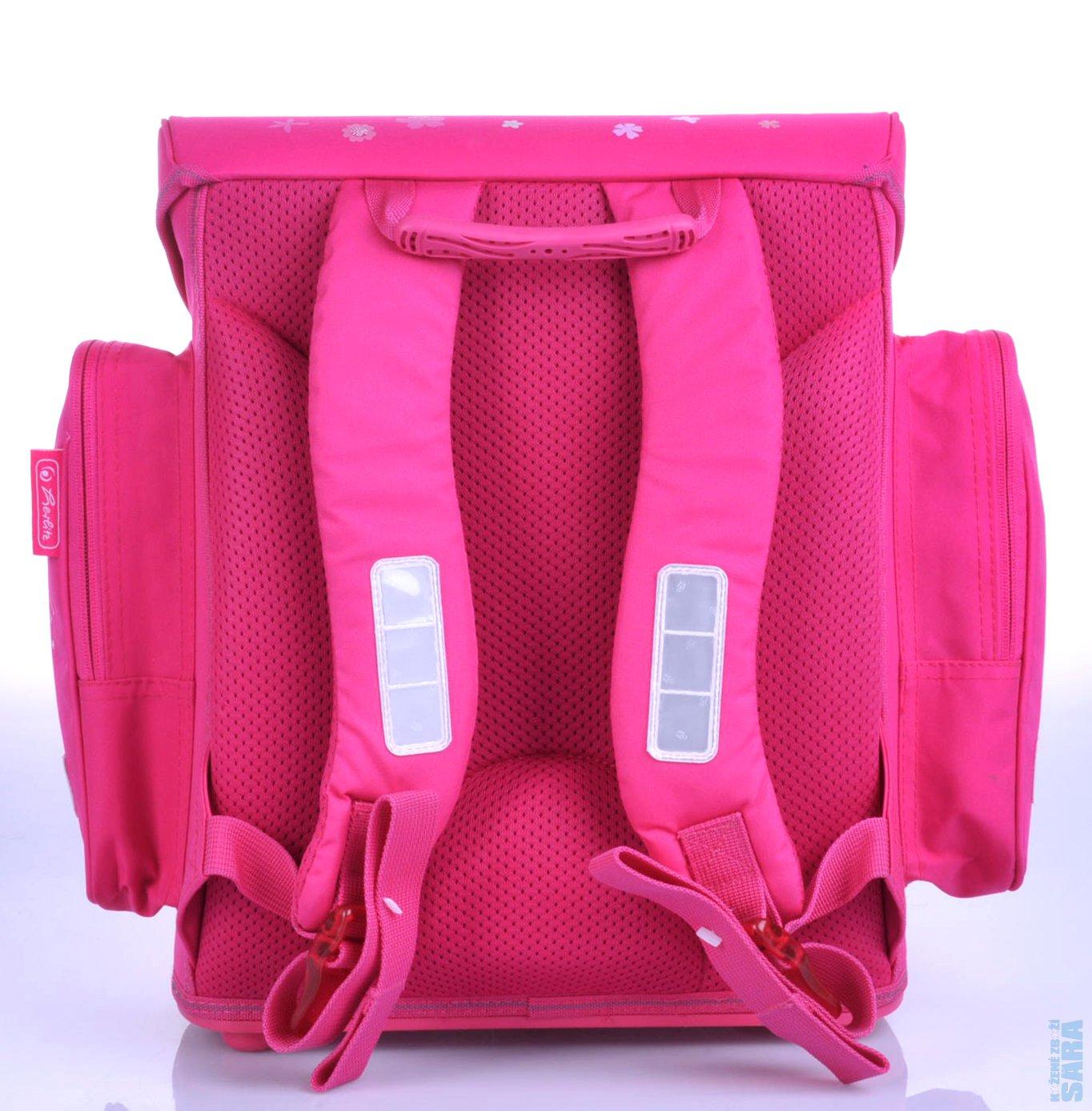 Velmi atraktivní a kvalitní batoh pro malé školačky (zvláště na 1. stupeň).  Tato dívčí aktovka a všechny její doplňky jsou precizně propracované. e870d04160