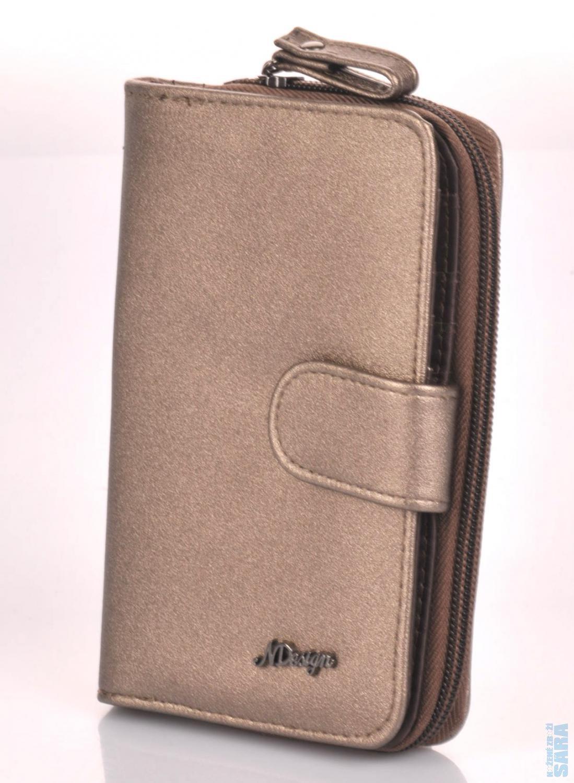 ded5199c3ab koženková peněženka praktického formátu je vyrobena z měkké a příjemné  koženky. Na první pohled zaujme velká zipová kapsa na mince včetně zipové  prostřední ...